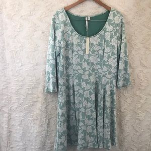 Lauren Conrad textured fit and flare XL dress NWT